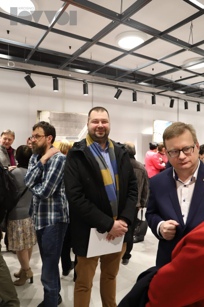 """Oficjalne otwarcie nowej siedziby BWA Krosno, przy ul. Portiusa 4, wernisaż malarza Piotra Wójtowicza """"Nowe Obrazy"""""""